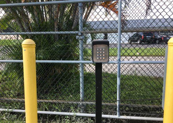 CubeSmart Self Storage - FL Fort Myers Chitwood Drive SW 11591 Chitwood Dr SW Fort Myers, FL - Photo 4