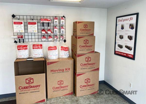 CubeSmart Self Storage - PA Philadelphia Aramingo Ave 4391 Aramingo Avenue Philadelphia, PA - Photo 2