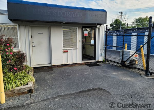 CubeSmart Self Storage - PA Philadelphia S 62nd St 2231 South 62nd Street Philadelphia, PA - Photo 0