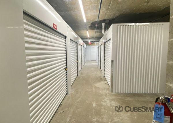 CubeSmart Self Storage - WI Milwaukee Wisconsin Avenue 3742 West Wisconsin Avenue Milwaukee, WI - Photo 2