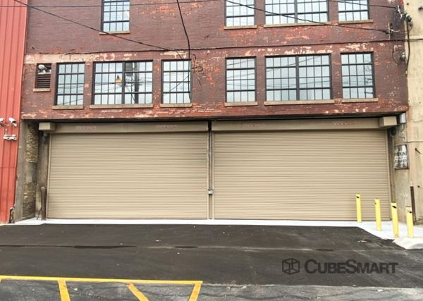 CubeSmart Self Storage - WI Milwaukee Wisconsin Avenue 3742 West Wisconsin Avenue Milwaukee, WI - Photo 6