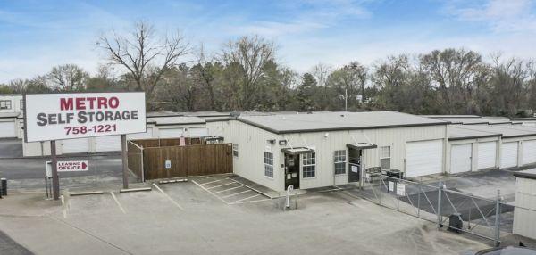 FreeUp Storage Longview Tyler Street 350 West Tyler Street Longview, TX - Photo 0