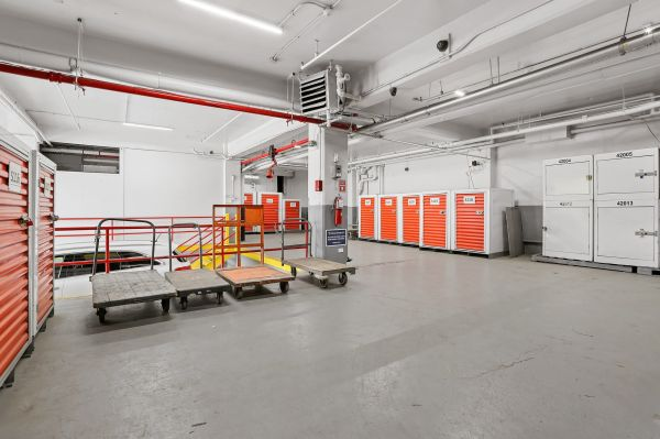 Prime Storage - Bronx University Ave 950 University Avenue Bronx, NY - Photo 8