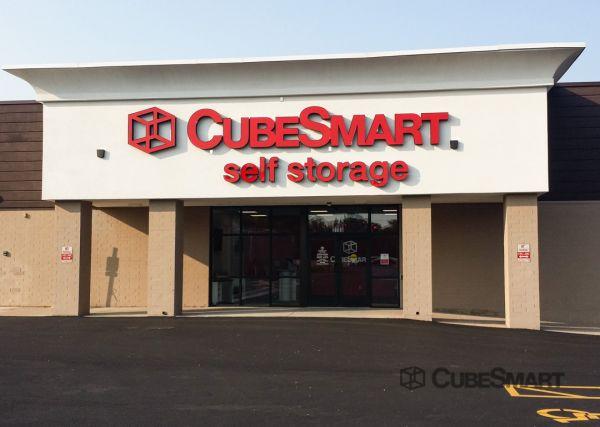 CubeSmart Self Storage -IL Rockford East State Street