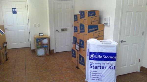 Life Storage - Tampa - 1792 West Hillsborough Avenue 1792 West Hillsborough Avenue Tampa, FL - Photo 8