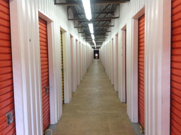 Life Storage - Bordentown - 206 U.S. 130 206 U.S. 130 Bordentown, NJ - Photo 3