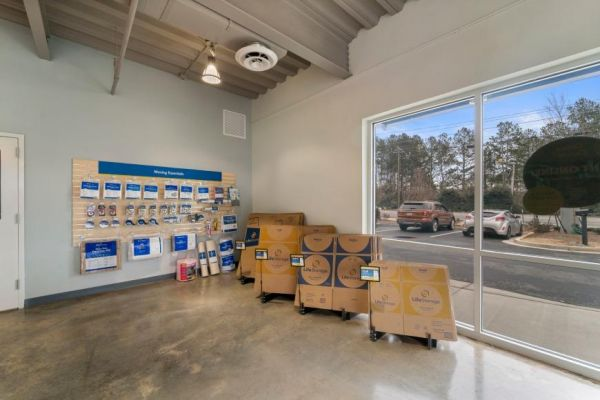 Life Storage - Marietta - 1745 Roswell Road 1745 Roswell Road Marietta, GA - Photo 3