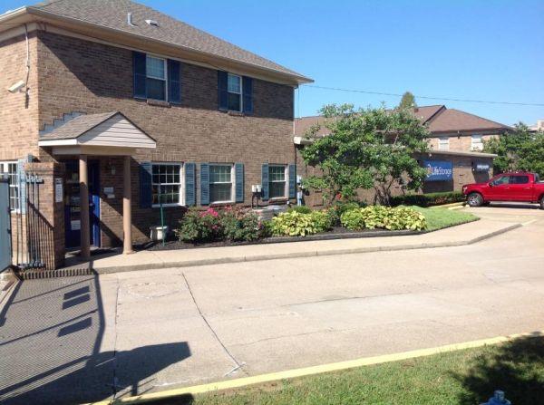 Life Storage - Louisville - 1500 Browns Lane 1500 Browns Lane Louisville, KY - Photo 2
