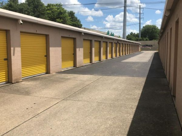 Life Storage - Louisville - 1500 Browns Lane 1500 Browns Lane Louisville, KY - Photo 3