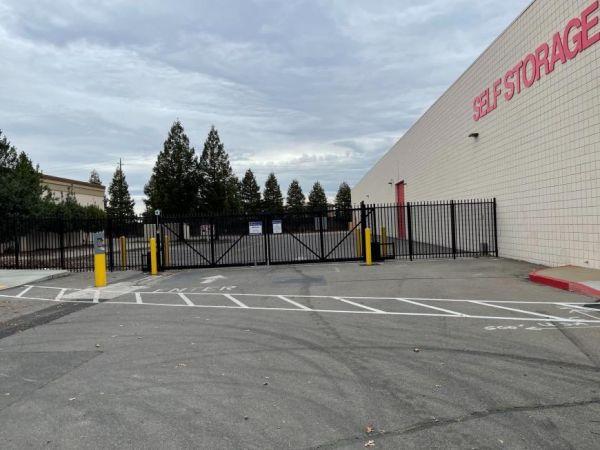 Life Storage - Antelope - 8135 Watt Avenue 8135 Watt Avenue Antelope, CA - Photo 4