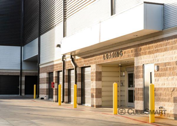 CubeSmart Self Storage - TX Dallas Greenville Avenue 7557 Greenville Avenue Dallas, TX - Photo 2