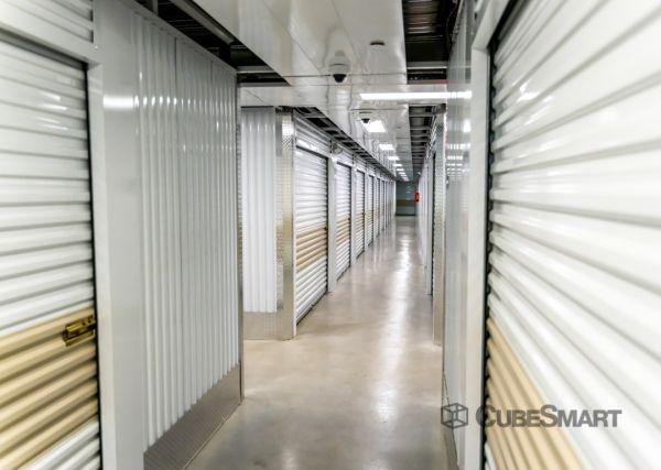 CubeSmart Self Storage - TX Dallas Greenville Avenue 7557 Greenville Avenue Dallas, TX - Photo 4