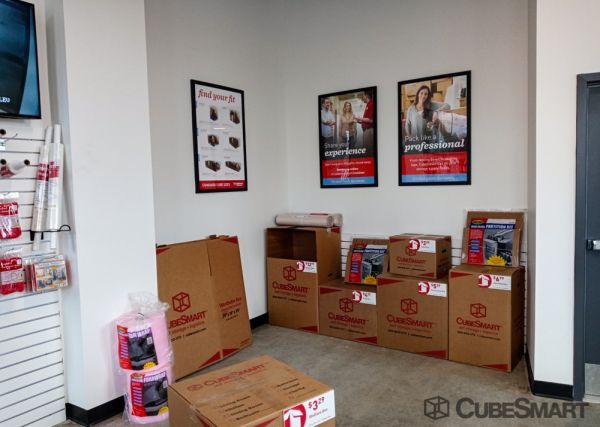 CubeSmart Self Storage - DC Wasington 22nd St SE 1401 22nd Street Southeast Washington, DC - Photo 3