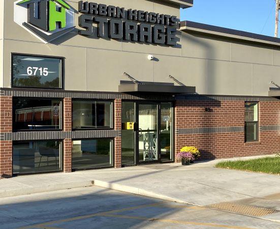Urban Heights Storage 6715 Hickman Road Des Moines, IA - Photo 8