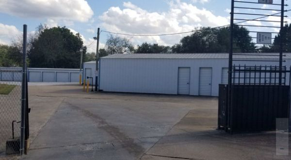 Superior Storage - Shady Grove 2325 West Shady Grove Road Springdale, AR - Photo 1