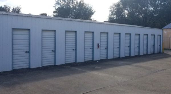 Superior Storage - Shady Grove 2325 West Shady Grove Road Springdale, AR - Photo 2