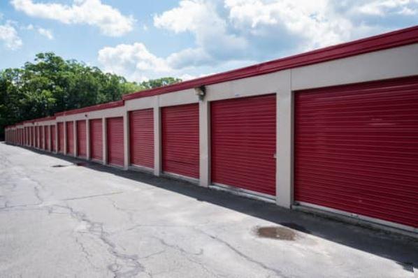 Storage Rentals of America - Waterbury - East Main St 2454 East Main Street Waterbury, CT - Photo 2