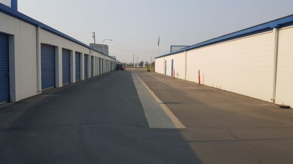 Storage King USA - 067 - Fresno - Weber Ave 5090 North Weber Avenue Fresno, CA - Photo 1