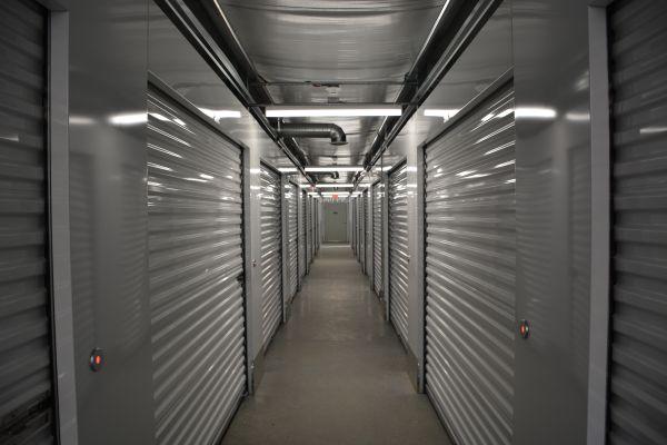 401 Storage - Warwick 2860 Post Road Warwick, RI - Photo 2