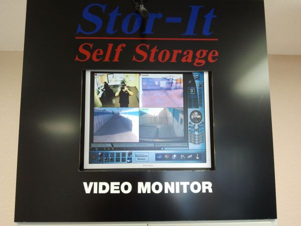 Stor-It Costa Mesa 961 W. 17th Street Costa Mesa, CA - Photo 6