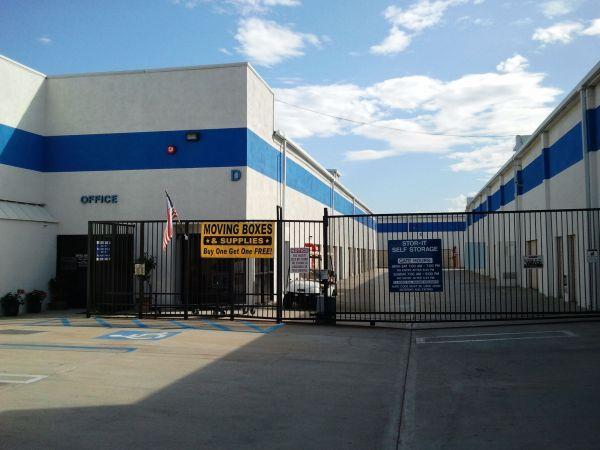 Stor-It Costa Mesa 961 W. 17th Street Costa Mesa, CA - Photo 0