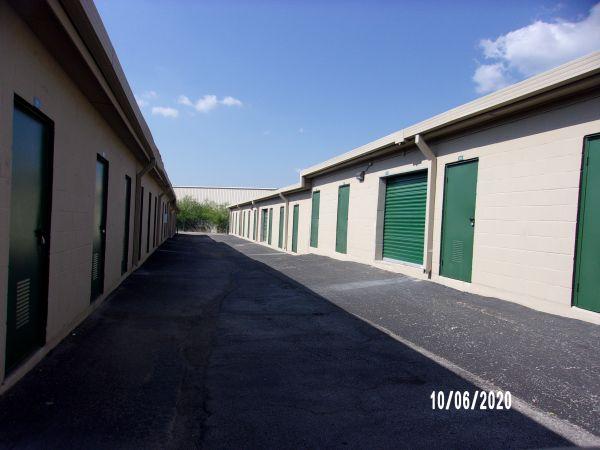 Lockaway Storage - Weidner 10835 Interstate 35 Frontage Road San Antonio, TX - Photo 2