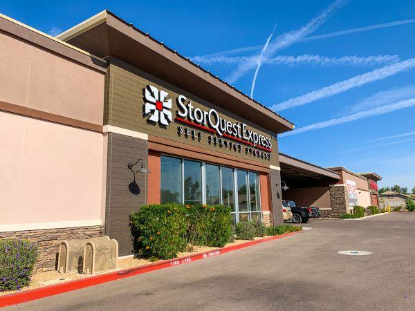 StorQuest Express- Gilbert / Val Vista 4700 South Val Vista Drive Gilbert, AZ - Photo 5