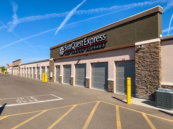 StorQuest Express- Gilbert / Val Vista 4700 South Val Vista Drive Gilbert, AZ - Photo 6