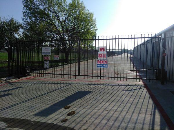 Storage King USA - 066 - Euless, TX - Hwy 157 3950 Farm to Market Road 157 Euless, TX - Photo 2