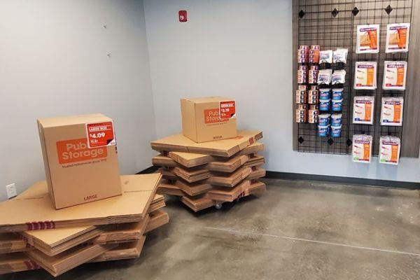 Public Storage - Kansas City - 6650 Troost Ave 6650 Troost Ave Kansas City, MO - Photo 2