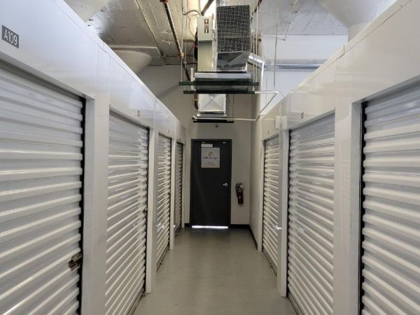 Life Storage - Louisville - 201 East Market Street 201 East Market Street Louisville, KY - Photo 0