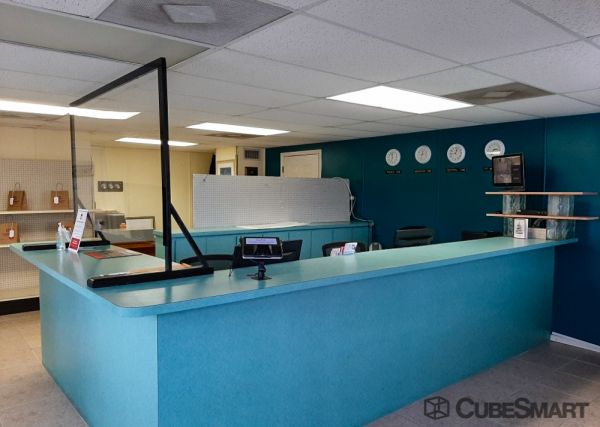 CubeSmart Self Storage - FL N Fort Myers Littleton Rd 8330 Littleton Road North Fort Myers, FL - Photo 6
