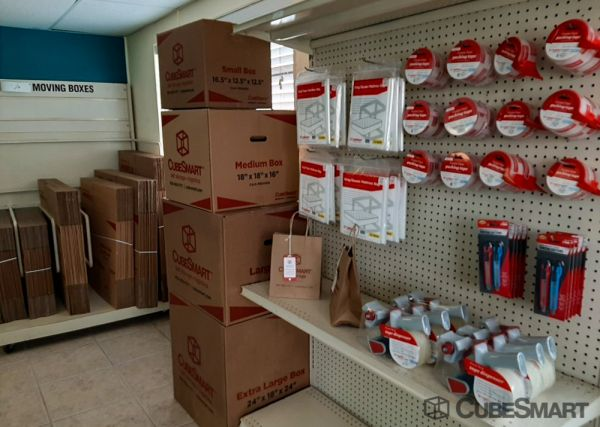 CubeSmart Self Storage - FL N Fort Myers Littleton Rd 8330 Littleton Road North Fort Myers, FL - Photo 10