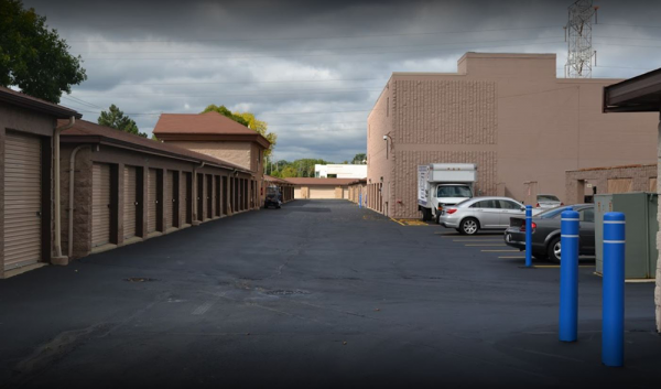 Storage Rentals of America - West Allis - W Lapham St 11108 West Lapham Street West Allis, WI - Photo 1