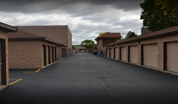 Storage Rentals of America - West Allis - W Lapham St 11108 West Lapham Street West Allis, WI - Photo 2