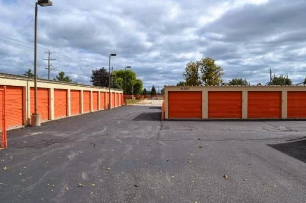 Storage Rentals of America - Oak Creek - W Rawson Ave 1019 West Rawson Avenue Oak Creek, WI - Photo 3