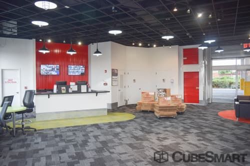 CubeSmart Self Storage - NY Flushing Delong Street 41-06 Delong Street Flushing, NY - Photo 2
