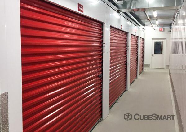 CubeSmart Self Storage - IL Chicago Heights - West 14th Street 571 West 14th Street Chicago Heights, IL - Photo 4
