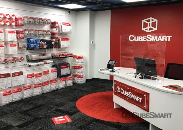 CubeSmart Self Storage - IL Chicago Heights - West 14th Street 571 West 14th Street Chicago Heights, IL - Photo 8