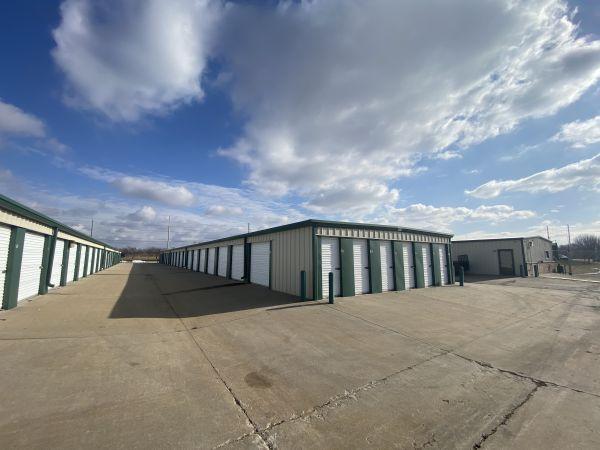 Spare Garage Self Storage - Topeka 4431 Southeast California Avenue Topeka, KS - Photo 1