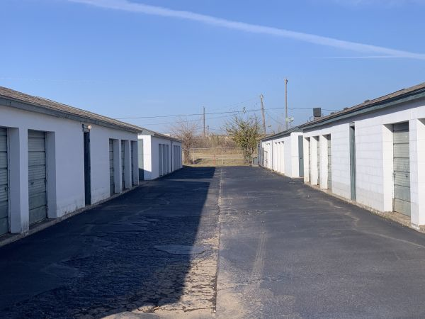 Extra Closet Self Storage 5980 Nw 36th St Oklahoma City, OK - Photo 4