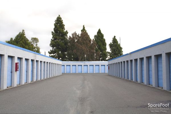 Cerritos Self Storage 16515 Valley View Avenue Cerritos, CA - Photo 11