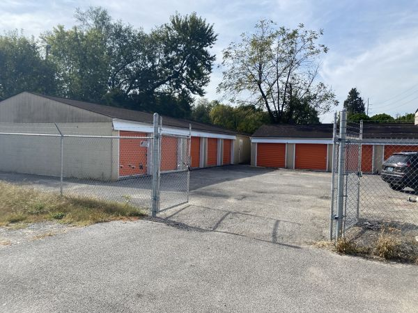 Unboxy Self Storage 2707 S 7th St Louisville, KY - Photo 3