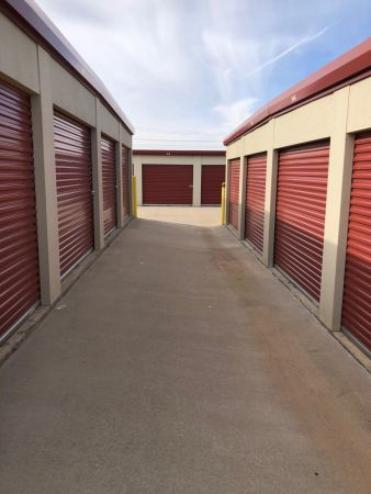 Storage 1 and Uhaul of Norman 1331 24th Avenue Southeast Norman, OK - Photo 10