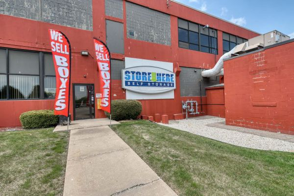 Store Here Self Storage - Racine 1220 Mound Avenue Racine, WI - Photo 2