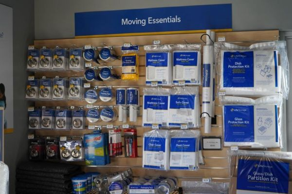 Life Storage - - 2036 Webster Avenue 2036 Webster Avenue The Bronx, NY - Photo 1