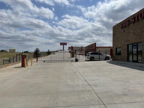 Storage Lion 6401 North Interstate 35 Frontage Road Edmond, OK - Photo 1