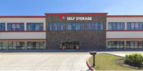 Devon Self Storage - DPE 2515 Westminister Road Pearland, TX - Photo 0