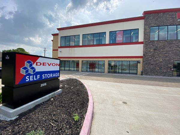 Devon Self Storage - DPE 2515 Westminister Road Pearland, TX - Photo 5