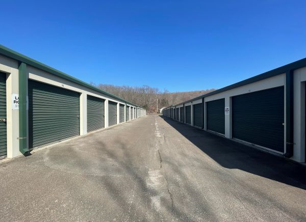 Top Value Storage CT 1511 Saybrook Road Middletown, CT - Photo 0